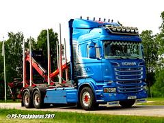 IMG_4908 Gothenburg_Truck_Meet GTM_2017 Tånga_Trophy (PS-Truckphotos #pstruckphotos) Tags: gothenburgtruckmeet gtm2017 tångatrophy pstruckphotos pstruckphotos2017 johanssonstimber timbertruck holztransport sfw991 scania lkwbilder lkwfotos truckpics lastwagenbilder lastwagen bilphotos truckertreffen truckshow truckmeet gothenburg göteborg gtm gtmtruckmeet pstruckfotos truckphotos truckfotos lkw truck truckspotting sweden sverige schweden skanidavien scandinavia lastbil valokuvat kuormaauto lastwagenfotos truckpictures fotos bilder trucks swedenkaperz lkwfotografie truckphotography tangatrophy göteburg timber kurzholz langholz truckkphotography truckphotographer truckspotter timbertransport r