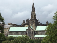 St Mungo's Cathedral, Glasgow, Scotland, 29 July 2017 (AndrewDixon2812) Tags: stmungo stkentigern glasgow strathclyde scotland church cathedral spire necropolis