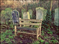 Waiting room (j.abellan3) Tags: death cementery peace nature london landscape phography