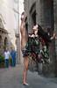 Lorena/Recanati 2 (juanjorodríguezMX) Tags: garota menina mujer ragazza femme woman girl ballerina danseuse bailarina dancer recanati italia mexicanphotographer fotógrafomexicano retrato ritrato portrait danza dança