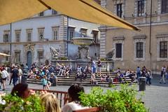 Fontana di Piazza S. Maria in Trastevere (maresaDOs) Tags: roma lazio piazza fontana trastevere it italia rome bernini bramante monumento people fontanadipiazzasmariaintrastevere piazzasmariaintrastevere fountain fonte