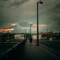 Lyon 2017 (Elisa.z) Tags: 18200 2017 canon70d homme lyon streetphotography