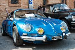 Vintage Vehicles at Montalto, June 2017 (MikePScott) Tags: alpine ascolipiceno camera car italia italy lemarche lens montaltodellemarche nikon2470mmf28 nikond800 renault transport