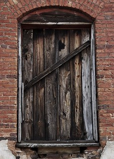 Door to the old cotton mill