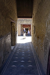 House of the Skeleton - Herculaneum, Italy (SomePhotosTakenByMe) Tags: houseoftheskeleton hausdesskeletts haus house indoor urlaub vacation holiday italy italien stadt city ruin ruine ercolano herculaneum herkulaneum