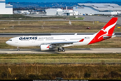 """TLS.2008 # QF - A332 VH-EBI """"Yarra Valley"""" awp (CHR / AeroWorldpictures Team) Tags: qantas airbus a330203 cn898 engines ge cf680e1a3 reg fwwkm vhebi named yarravalley history aircraft first flight test built site toulouse tls france delivered qf qfa leased cit config cabin c36y199 sold airbusmilitary rereg ec334 cvd kc30a a330203mrtt royalaustralianairforce a39 multirole tanker transport a330 a332 planespotting planes aircrafts airplane nikon lfbo nikkor 70300vr raw lightroom 2008 awp"""