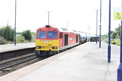 "Class 60, DB Schenker 60039 ""Dave Holes"" (BritishRail60062) Tags: barnetby barnetbylewold britishrail station england railway rail railways railroad diesellocomotive locomotive transport train trains freight wagon wagons tanks tanker tank tankers dbschenker dbcargo freighttrain ews tea vtg class60 60039 oiltrain oil 6e54"