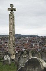 Cædmon's Cross - Whitby (Ben Revell) Tags: whitby northyorkshire england dracula churches esk monuments memorials caedmon poets anglosaxons