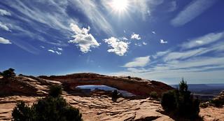 CANYONLAND - Mesa Arch