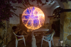 PLANETA A LA VISTA.LIGHTPAINTING.PLANET IN THE SIGHT. NEW WORLD (PEDRO PÉREZ FERNÁNDEZ) Tags: lightpainting planeta planet in the sight new world