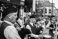 20170716-IMG_1071 (Volmar Oliveira Junior) Tags: pipe band arklow ireland music irish pipebag bnw city eurotrip