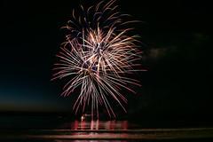 "Perros-Guirec""Feu d'artifice le 13 juillet 2017."" (De l'autre côté du mirOir...) Tags: nuit feudartifice fireworks côtesdarmor perrosguirec ニコン ニッコール"