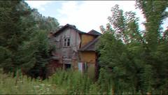 Nikogo nie ma w domu (ghostwithtoast) Tags: house dom homesweethome abandoned duch ghost przechodem przelotem przejazdem wycieczka trip przygoda duchologia widmontologia hauntology hauntologia albonie