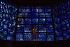 Gedächtnis kirche Berlin (jo.misere) Tags: kerk church krche berlijn berlin blue blauw