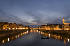 Ponte Vechio desde Ponte alle Grazie (jamp_foto) Tags: roja florencia pontevechio rio arno nocturna cielo nubes reflejos farolas florence river night sky clouds reflections lampposts jampfoto