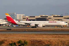 EC-JNO (Mark Harris photography) Tags: spotting aircraft plane lax la canon 5d