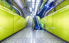 Universita 1 (isnogud_CT) Tags: universita neapel ubahn underground treppe italien