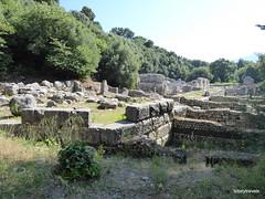 0014 Shrine of Asclepius, Prytaneum, Butrint (2) (tobeytravels) Tags: albania butrint buthrotum illyrian shrine asclepius temple