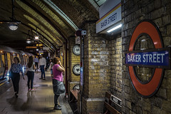London (Roman Achrainer) Tags: london grosbritanien england bakerstreet tube architektur tunnel achrainer
