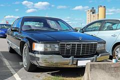 1996 Cadillac Fleetwood Brougham (crusaderstgeorge) Tags: crusaderstgeorge cars classiccars 1996cadillacfleetwoodbrougham 1996 cadillac fleetwood brougham americancars americanclassiccars americancarsinsweden sweden sverige gävle gävleborg classy blackcars black