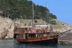 gusarski brod »Paša« , Vrbnik (mdunisk) Tags: paša brod jedrenjak izlet voda vrbnik luka more ljeto sunce mdunisk žumberak