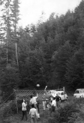 sila 1963 (dindolina) Tags: photo fotografia blackandwhite bw biancoenero monochrome monocromo vintage 1963 sixties annisessanta sila calabria italy italia family famiglia vacanze vacation pallavolo marialaviniabovelli