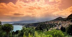 Taormina (fredericpecheux) Tags: taormina sicilia sicile etna soleil mer italia italie volcan