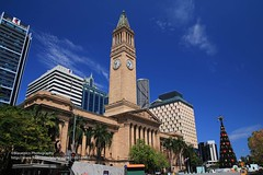 Brisbane, City Hall (blauepics) Tags: australia australien queensland qld brisbane city stadt house haus gebäude building architecture architektur skyscrapers wolkenkratzer downtown historic historisch hall rathaus