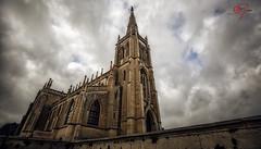 La Gran Capilla (Alberto Guinea) Tags: arquitectura capilla iglesia ciudad paisaje nubes abandonado guinea alberto