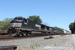 NS 9564 (CC 8039) Tags: ns trains c449w c409 sd60e sd70 sd70m chesterton indiana