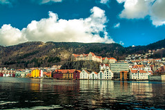 Bergan (Tony Shertila) Tags: 20170416113016 cruise europe pig bergen hordaland norway outdoor city waterfront coast fjord mountain sky houses buildings architecture colour clouds nor