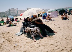 Tanger (Morocco) (Franafricano) Tags: almagrib morocco marruecos beach summertime summer muslim leica leicaq 28mm streetphotography street streetphoto marakuc tanger