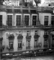 Do que se vê (Elisandro Rodrigues) Tags: sublevaciones didihuberman georges argentina buenos aires preto e branco zenit 122