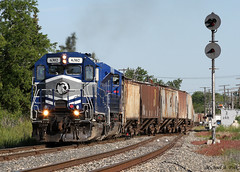 LSRC 6302 @ Mt. Morris, MI (Michael Polk) Tags: lake state railway lsrc 6302 sd402 mt morris michigan flint turn freight train pere marquette signals