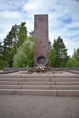 DSC_0537 (porkkalanparenteesi) Tags: hautausmaa neuvostoliitto porkkalanparenteesi porkkala soviet suomi kirkkonummi kolsari kolsarby