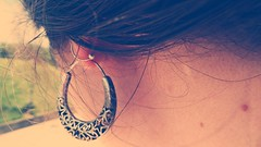 (Sa Shula de Tarifa) Tags: fela she her ella cuello neck lunar pendiente spot earring pelo hair gijón asturias españa spain