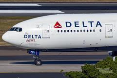 N701DN DL B77L 25 YSSY-1200 (A u s s i e P o m m) Tags: mascot newsouthwales australia au delta dl boeing b77l syd yssy sydneyairport