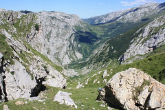 "Picos de Europa 2017 409 <a style=""margin-left:10px; font-size:0.8em;"" href=""http://www.flickr.com/photos/122939928@N08/36002680951/"" target=""_blank"">@flickr</a>"
