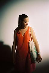 Camille (louis de champs) Tags: olympusxa2 kodakportra160 portrait sunray palaisdetokyo paris france orange