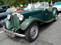 1953 MG TD (splattergraphics) Tags: 1953 mg td mgtd carshow beersgears delawarepark wilmingtonde