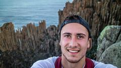 Posing at Cape Raoul (Val A[d]venture) Tags: val adventure valadventure australie aventure australia aussie tasmania canon eosm3 eos roadtrip travel backpacker dream caperaoul cape raoul hike hiking peninsula tasmanpeninsula