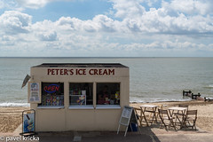 P50_8360-1 (pavelkricka) Tags: felixstowe peters ice cream stall sea front promenade