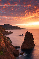 Sunrise to cap Dramont (Yannick Lefevre) Tags: france var cap dramont sunrise landscape seascape rockscape cloud sun sea nikon d810 nikkor tripod gitzo singhray reverse 09gndsoft gnd filters