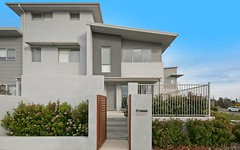 15/20 Clare Burton Crescent, Franklin ACT