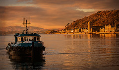 Oban (Scotland) (williamwalton001) Tags: buildings fishingboat pentaxart trees texture water woodlands harbour hillside mountains scotland dockbay greatphotographers legacy netart daarklands