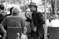 business (O.Krüger) Tags: hannover niedersachsen germany streetphotography sw schwarzweis socialdocumentary streetlife streetportrait peopleinthecity people personen monochrom urban bw bianconero blackwhite