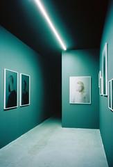 (louis de champs) Tags: olympusxa2 kodakportra160 film museum exhibition palaisdetokyo paris france neonlight