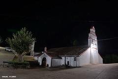 Ermita (J.MIGUEL FLORES) Tags: piedraescrita toledo ermita noche nocturna largaexposicion estrellas miguelflores