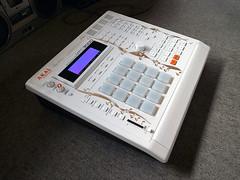 _0041423 (ghostinmpc) Tags: ghostinmpc mpc3000 akai custom mpc