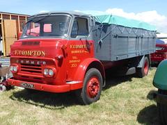 Commer (1971) (andreboeni) Tags: classic rootes classique rétro retro oldtimer klassik classica classico commer truck lorry camion trucks lorries hgv